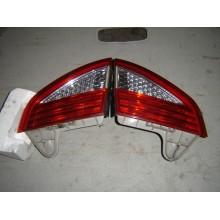 Zadné vnútorné svetlo Mondeo MK4